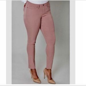 Lane Bryant mid rise light pink skinny jeans sz 18